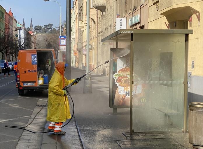 Dezinfekce veřejných prostranství